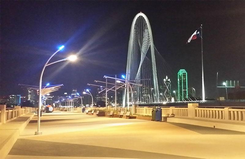 night-view-of-bridge