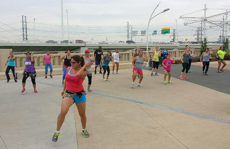 zumba-on-bridge